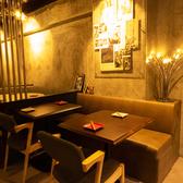 インテリアにこだわったテーブル席では洗練されたスタイリッシュな雰囲気でお食事を楽しめます♪他のお店にはない『I-REN』だけの魅力をお楽しみください★