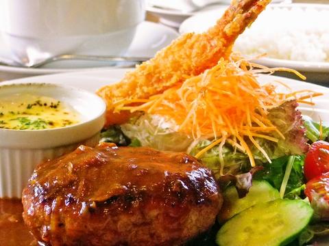 30年以上愛される老舗直営店!和牛を使った無添加こだわりハンバーグが人気の洋食屋。