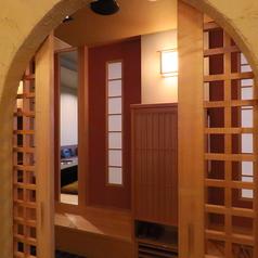 各お部屋をつなげて、2~30名様までご利用可能なVIP個室をご用意しております。接待のご利用にも最適です。【焼肉/個室/飲み放題/大分/府内】