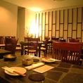 最大宴会44名様まで収容OK!落ち着いたテーブル席をご用意しております。貸切は応相談。