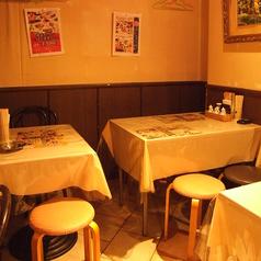 2階奥4~12名様テーブル席