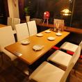 5~6名様用のテーブルです。女子会や会社宴会にどうぞ!もちろんテーブルをつなげればそれ以上の人数で利用可能です。
