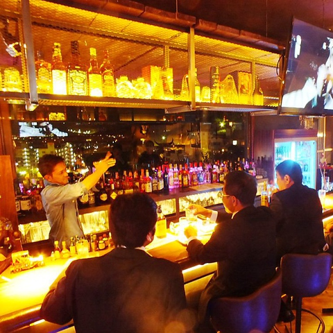 Hide-Out-Bar 五煌