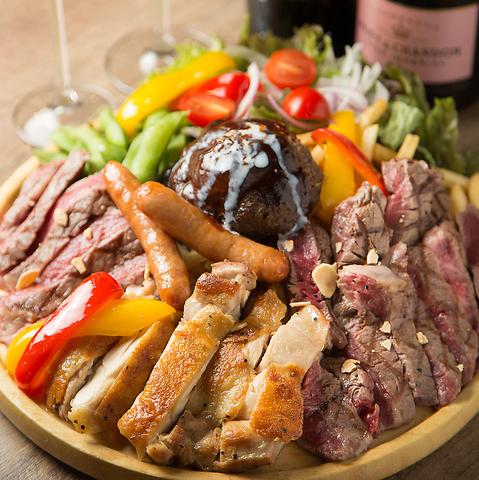 小倉駅徒歩5分【肉バル】黒毛牛厳選部位が11種類!!ステーキとワインが美味い店。