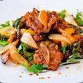 料理メニュー写真豚肩ロース肉のバルサミコソースの酢豚