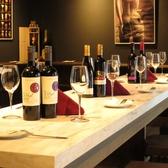 団体様もご利用しやすい大型テーブル完備!ご宴会用コースも2500円~飲み放題付でご用意しています♪