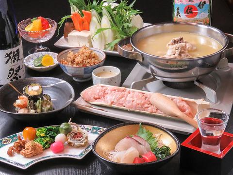 京都出身の料理長が創る京料理と水炊きは逸品。現在系列店徳川に統合しております。