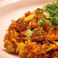 料理メニュー写真そばめし醤油キムチ