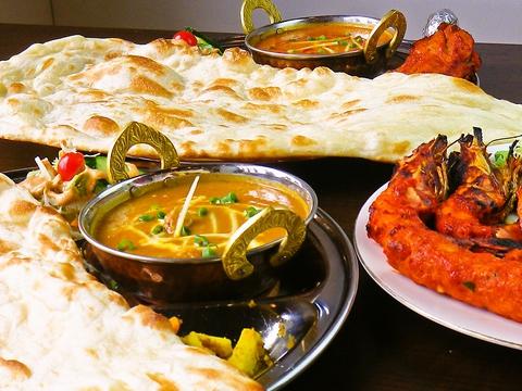本格的なインドカリーをリーズナブルに味わえるお店。インドドリンクも充実。