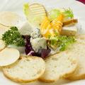 料理メニュー写真特製チーズの盛り合わせ