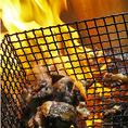 濃厚な甘みと旨みを持つ「比内地鶏」と、弾力に富みコクのある「名古屋コーチン」の2種類をご用意。