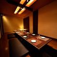 8~12名様までご利用可能な個室。素材にこだわる炙り肉寿司は炙ると旨味が倍増◎シンプルな料理なので素材がいきます!是非一口でお召し上がりください。お肉の旨味が口中に溢れます◎