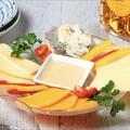 料理メニュー写真【おすすめ】世界のチーズの盛り合せ