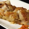 料理メニュー写真煮込み豚足のカリカリ焼き