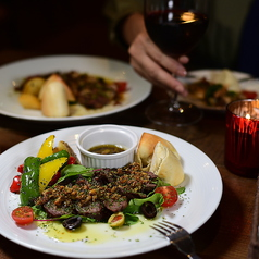 cafebar&grill ROCOCOの特集写真