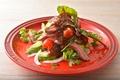 料理メニュー写真ローストビーフとアボガドのニューヨークスタイル