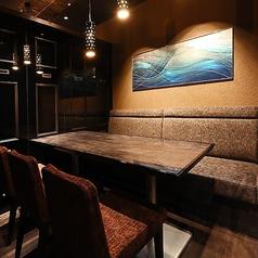 美麗~ブルーオーシャン創造する~ 【個室6】ブルーオーシャンとは未開拓の地。ここでは私達だけの特別な場所とときます。個室の専用空間はお客様のプライベート空間を創造いたします。広々個室で時を忘れる優雅な一時をお過ごしくださいませ。