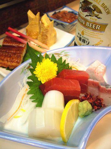 お持ち帰りもできる本格寿司店。大阪からのお土産にも最適です!
