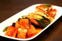キムチ盛り(白菜キムチ・カクテギ・オイキムチ盛り)