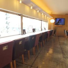 *3階*カウンター席:外を眺めながらカフェができます