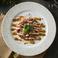 料理メニュー写真馬肉のカルパッチョとパルメジャーノチーズ