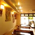 店内にはネパールから持って来た色鮮やかな飾りが沢山あり、ネパールの雰囲気を味わう事が出来ます。