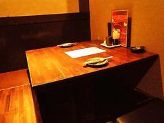2名様よりご利用いただけるテーブル席。