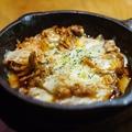 料理メニュー写真とろとろ卵の豚平焼き/せせりキムチチーズ/豚キムチチーズ/茄子トマトチーズ