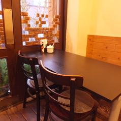 大人数でも少人数でも安心のテーブル席