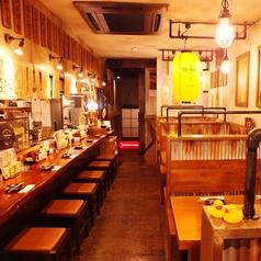 鶏とハイボール 銀八 東和田店の雰囲気1