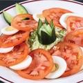 料理メニュー写真トマトエッグサラダ/クチュンバサラダ