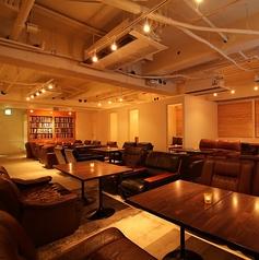カフェラウンジ サンズ Cafe Lounge SUNS 新宿東口店の写真