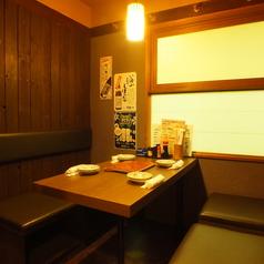 テーブルの個室空間※完全禁煙個室の別邸にもお席がございます!【写真は喫煙可能な本邸】