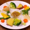 料理メニュー写真温野菜のバーニャカウダーソース