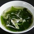 料理メニュー写真ワカメスープ