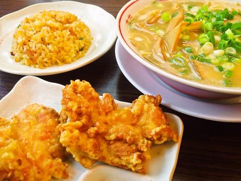 あっさりだけどコクのある、鶏豚骨のやさしめスープ。年齢を問わず愛されるラーメン。