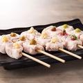 料理メニュー写真鶏とろ刺身串 5種盛り