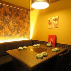 それぞれ個室の雰囲気が少し違う。お気に入りの個室を見つけてみては??