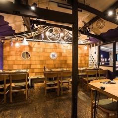 魚と牡蠣。 瑞Kitchen 名駅店の雰囲気1