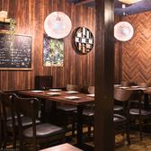 日本酒・米屋 蔵バル 梅田店の雰囲気3