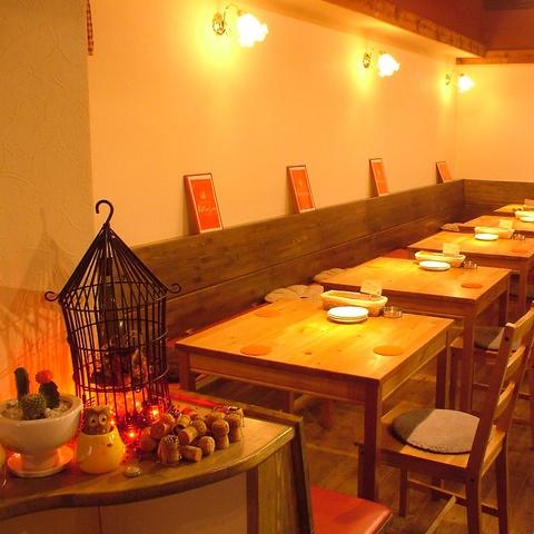 温かな雰囲気の隠れ家♪香川の地鶏を土佐の備長炭で焼いた焼き鳥とワインを一緒に堪能