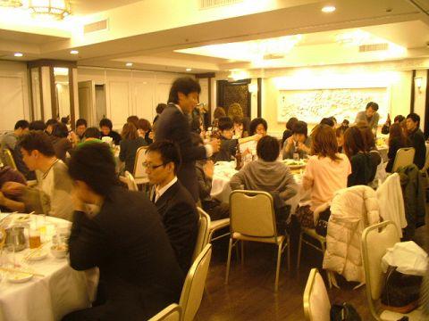 宴会様子をリポート!円卓でワイワイ中華を堪能されてるようです♪最大270名様までOKなのでどんな宴会にも対応★