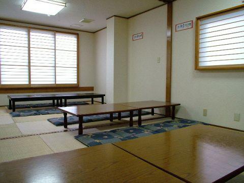 24名様まで一斉に入れるお部屋です。ちなみに、お座敷個室は20名様からございます♪