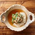 料理メニュー写真とろっとふわふわ湯葉巻き鍋