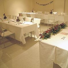 パーティールーム!テーブルはご希望のタイプにセッティングします