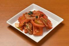 料理メニュー写真大人気トマトキムチ