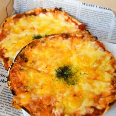 おつまみになるピリ辛♪2種のチーズピザ