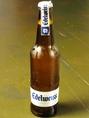 【エーデルワイス(オーストラリア)】オーストラリア産のすっきり系小麦ビール!苦みが少なく、女性も飲みやすいビールです。瓶に残る酵母由来のバナナのような香りが楽しめます♪