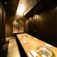 【完全個室(4~12名様)】接待・合コン・歓送迎会などどんなシーンにもご利用頂ける個室です。完全個室ですので、サプライズ演出も◎