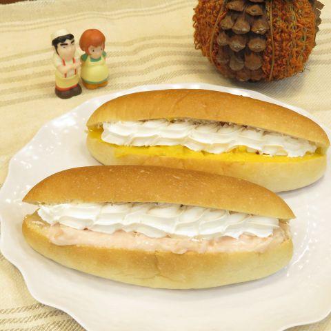 カルテットのコッペパンは玄米粉入りでもっちもち!トッピングは12種類で組み合わせは58通り!!お好きな具材を挟んで召し上がれ♪【トッピング】(粒あん/こしあん/ずんだあん/マーガリン/イチゴジャム/黒みつ/ヌテラ/ピーナッツバタークリーム/きなこクリーム/ホイップクリーム/カスタードクリーム/自家製発酵ジャム)